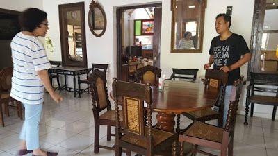 Djeladjah Tjimahi: Warung Cinta: Rumah Makan Bernuansa Jadul