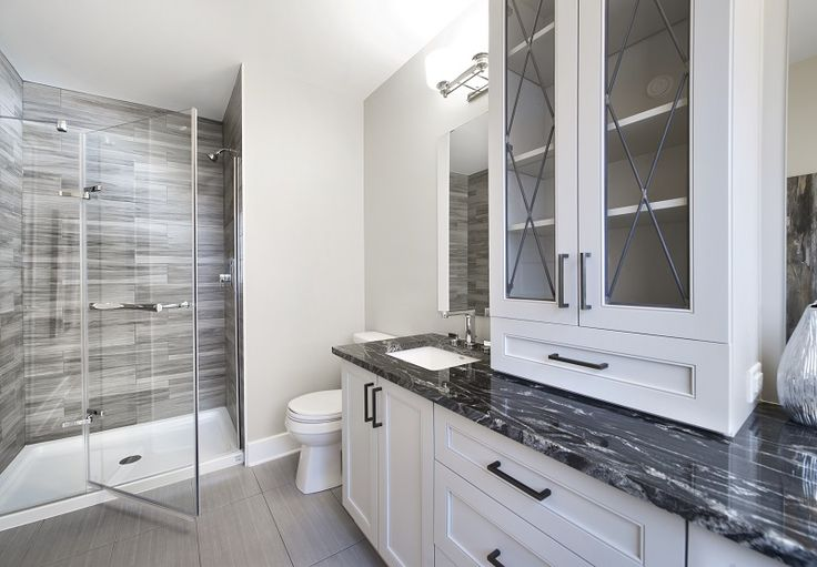 This is the ensuite bathroom in the Red Oak semi-detached model home at our Poole Creek community in Kanata/Stittsville.