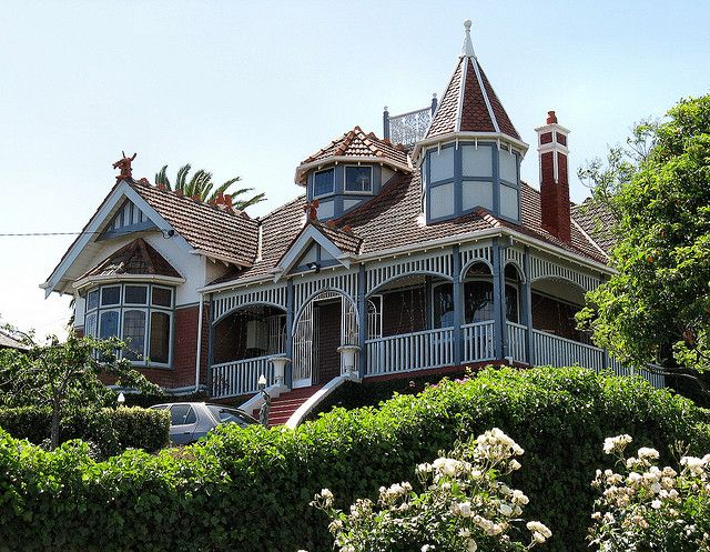 Lugano - Edwardian era Queen Anne, Northcote by Dean-Melbourne, via Flickr