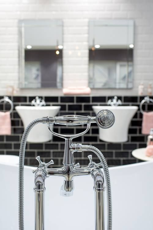 It's all in the detail! Decorate your bathroom with a touch of class thanks to our gorgeous VADO range of fixtures.