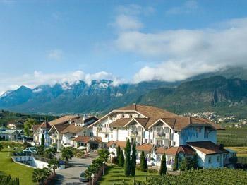 Wellnesshotel Weinegg 5 Stelle – Appiano, Alto Adige