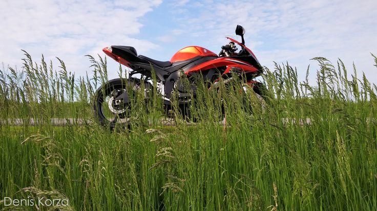 Suzuki GSX-R 600 | Nature | Beauty |Live | Love #suzuki #gsxr #k9 #denis_korza #korzagru #moto #sportbike #supersport #tt #motogp #instagramstar #biker #beautymen #nature #sound #adrenalin #rush #japan #purelove #wabisabi #speed #top #motoblog