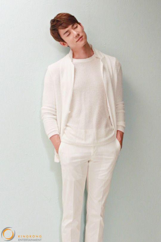 Yoo Yeon Seok - cr on the pic