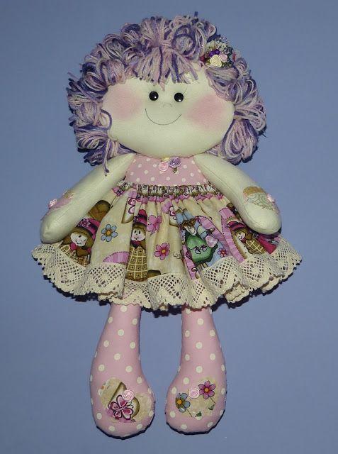 Liz Artesanatos: Boneca Dengosa Rosa-Chá