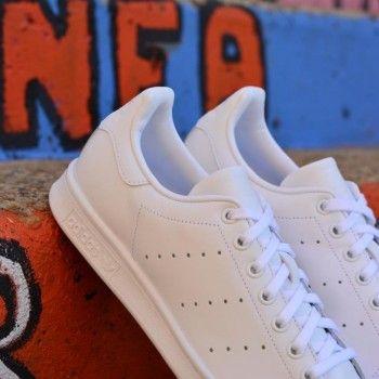 S75104_amorshoes-adidas-originals-stan-smith-blanca-monocromo-S75104