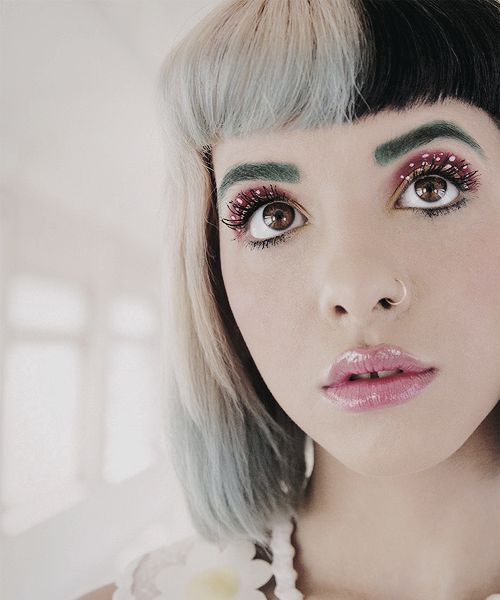 I am so in love with how Melanie is so creative with her makeup and style I just can't even