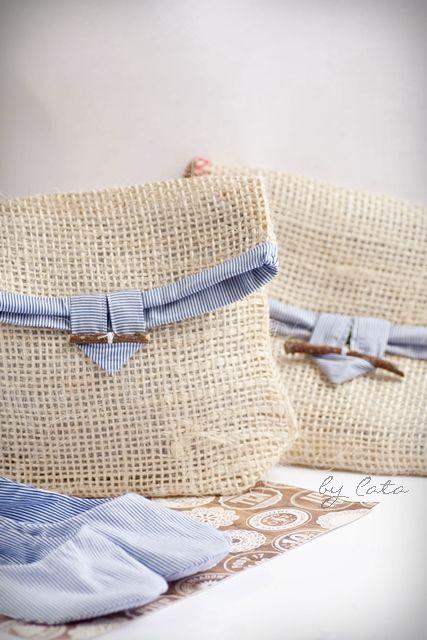 Bolsas de arpillera - Cierre ramita - Burlap bags - twig closure