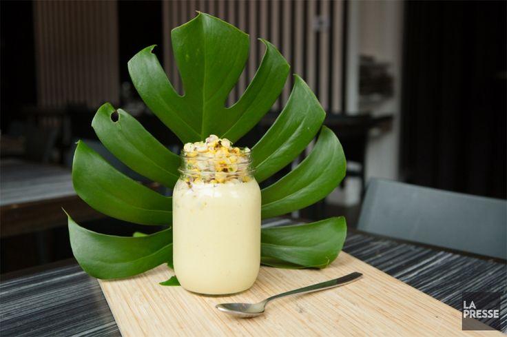 Une façon différente d'accommoder le maïs, qui abondera bientôt dans les marchés. Avec une pointe de jalapeno, cette soupe est relevée juste ce qu'il faut.