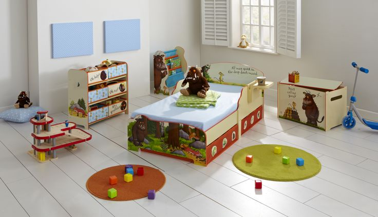 Charming bedroom furniture from The Gruffalo  http://www.pricerighthome.com/characters/The_Gruffalo/122.html
