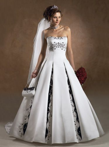 Non white wedding dress weddingbeeboards