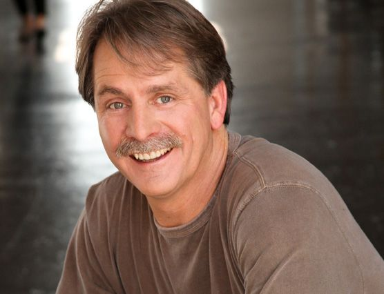 """One of the most respected and successful comedians of all time; Jeff Foxworthy is the largest selling comedy-recording artist in history! Widely known for """"Blue Collar TV"""" and his redneck jokes, his hilarious act also explores the humor in everyday family interactions and human nature.  #JeffFoxworthy #Comedian #BlueCollarTV #EventPlanning #EventManagement #Humor #comedy #Casino #Event #CasinoEvent"""