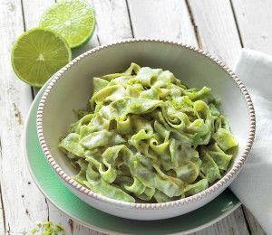 Tagliatelle verdi con sugo al lime