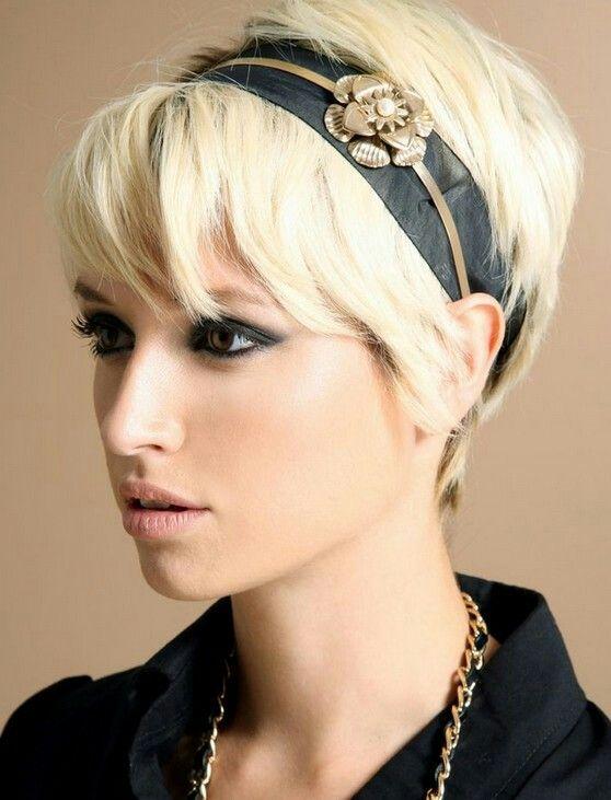 Nice blond pixie haircut