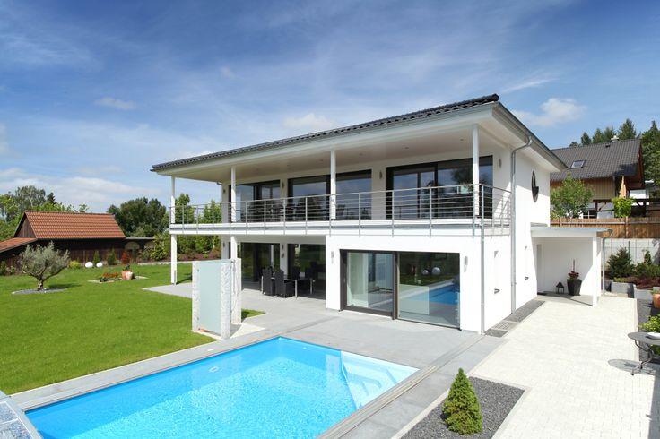 edles villa von bau-fritz mit pool im garten | villa | pinterest, Gartenarbeit ideen