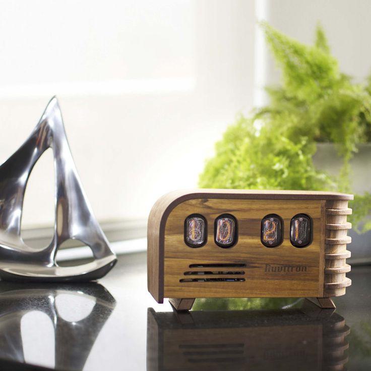 The Vintage Nixie Tube Clock - Watt #Nuvitron #gadget #nixie #contemporary #enjoythelittlethings #workshop #etsyfavorites #designlife #etsy #wooden #nixieclock #vintagetimepiece #nixieclock #interiorstyling