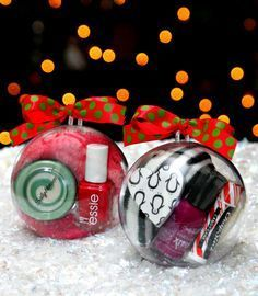 Ornament Gifts -- fill ornaments with small favorites for fun gifts to give friends and family this Christmas! :: Happy Go Lucky