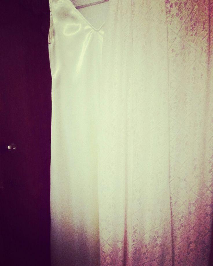 satin nightgown bridal lingerie honeymoon  #kant #huwelijk #bruiloft #wedding  #bride #lingerie #whitelace #white #lace #nightgowns #long #nachtjapon #slaapjurk  #nachtmode #sleep #slaap #weddingnight #huwelijksnacht #honeymoon #bridal #bridallingerie #handmade #lingerie #lingery #beauty #nightwear #luxury #langejurk #dames #ladies #fashion #woman #fashion #womensfasion #women #satijn #dames #long #slaapjurk #satin #nightgown #lingerie
