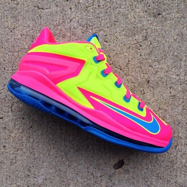 Nike LeBron 11 Low GS – Volt-Blue-Pink - http://nshoes.gr/nike-lebron-11-low-gs-volt-blue-pink/