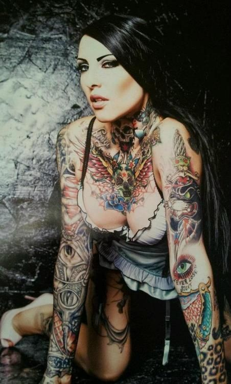 Hot #inked woman