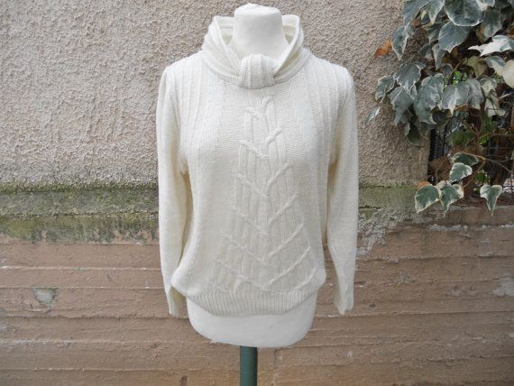 FREE Registered Shipping  Vintage 80s Cream wool Pullover  by IL2C