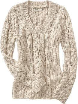 Tried this on in-store and LOVE LOVE LOVE it. It's comfy and loose-knit, perfect for layering in unpredictable weather.
