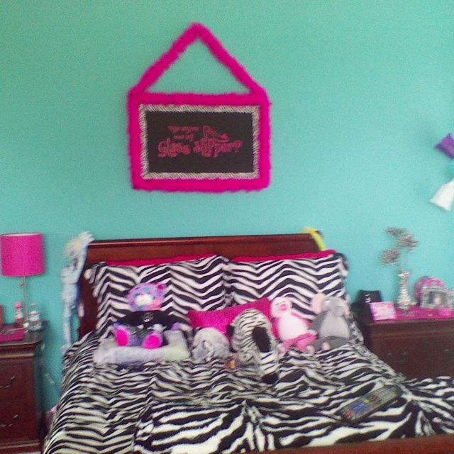 Girl Bedroom Designs Zebra 25 best zebra print rooms images on pinterest | girls bedroom