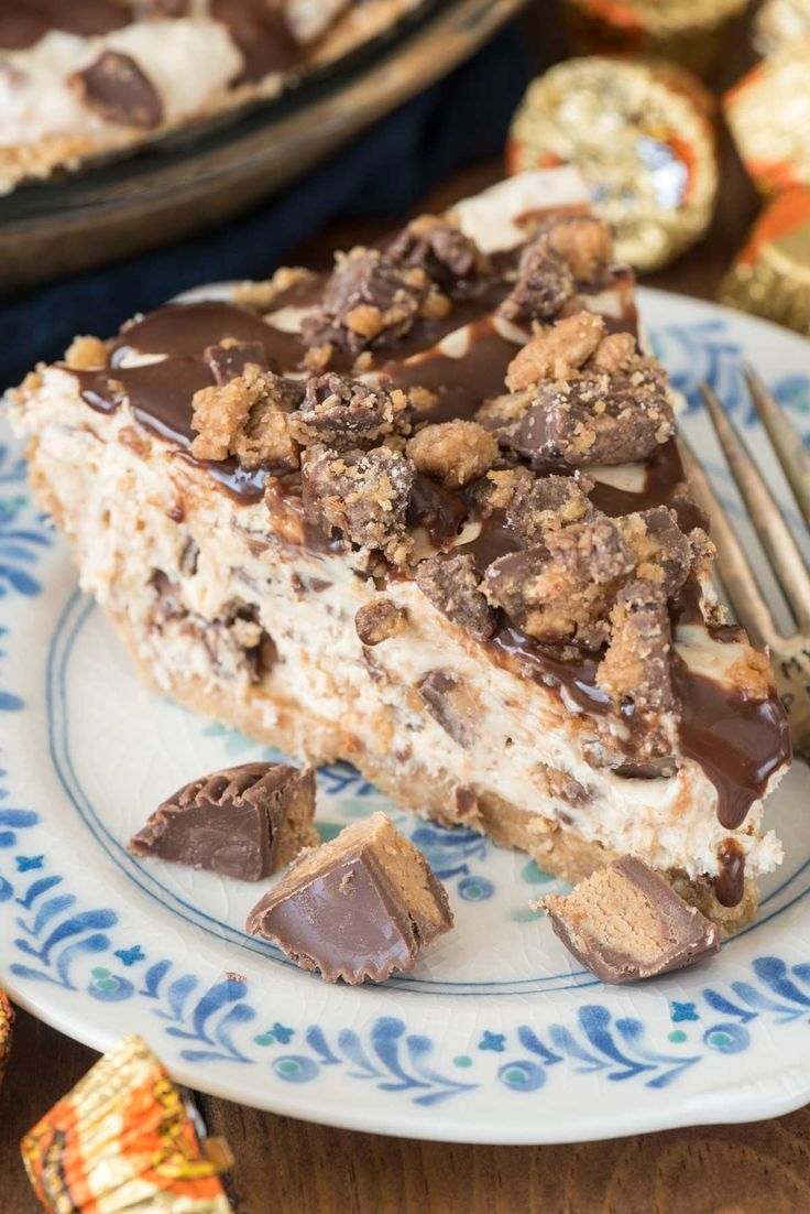 No Bake Peanut Butter Cup Pie - this easy no bake peanut butter cheesecake is…