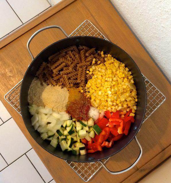 Mexikanische One-Pot-Pasta - nur ein Topf + verzehrfertig in 25 Min. (schönes Rezept & schöne Rezeptseite von vegan-und-lecker.de) (Ground Recipes Mexican)