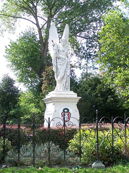 'Alcmaria Victrix' monument dat het beleg van Alkmaar in 1573 en de overwinning op het Spaanse leger herdenkt. Beeldhouwer Franz Stracké, opgericht in 1876.