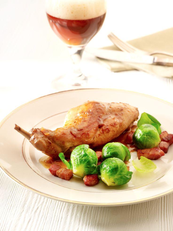 Konijn met trappist en spruitjes http://njam.tv/recepten/konijn-met-trappist-en-spruitjes