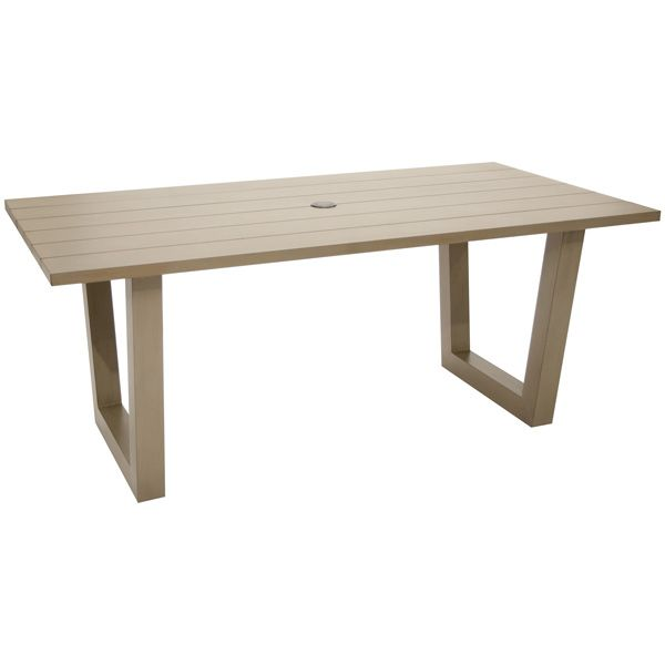<p>The Oslo rectangular table is made of aluminum and has a hole to install an umbrella.</p>