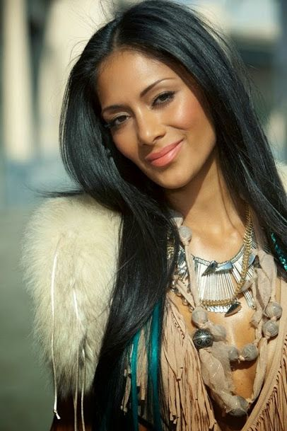 The Gorgeous Nicole Scherzinger is Filipino {F},Native Hawaian & Russian {M}. She gets her German last name from her Stepfather. She is Catholic by Religion.
