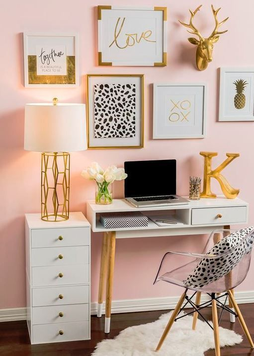 20 chic decor items to instantly spice up your dorm room dorm room rh pinterest com