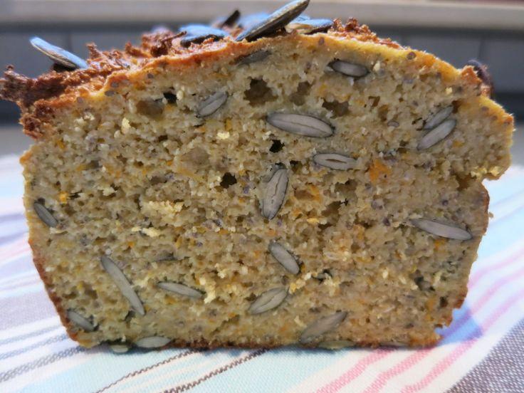 Mehr Gesundheit geht fast nicht in einem Low Carb Brot... 1 Kastenbrot 500 g Schichtkäse (alternativ Quark, den dann aber gut abtropfen lassen) 250 g Hafe