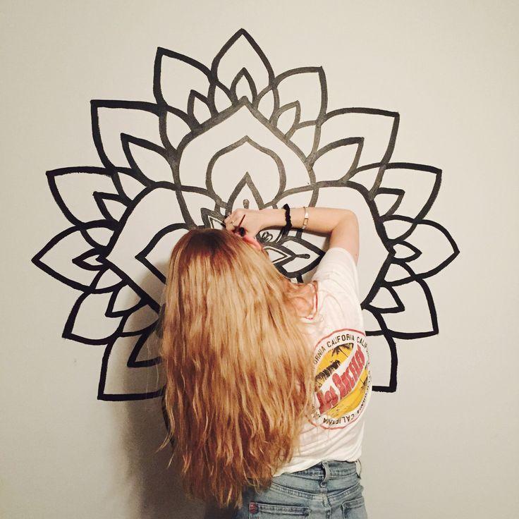 Mandala mural by @samschroederart • INSTAGRAM: samschroeds