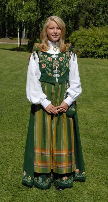 National Costume (bunad) from Nordland County I can't believe Karen Hansen is so much like me. My home state is Idaho, My mother was born in Norway, I love Johnny Depp and Richard Gere. I want to be your friend. Norma Strother