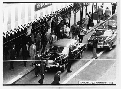 Photograph taken outside the St. Francis Hotel at about the exact time Sara Jane Moore attempted to assassinate President Gerald R. Ford (1975)