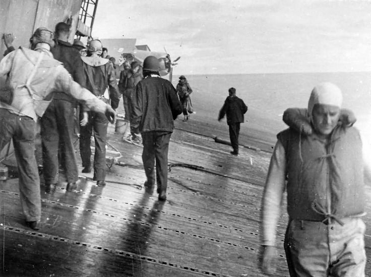 USS Yorktown CV-5 last moments on deck, Battle of Midway