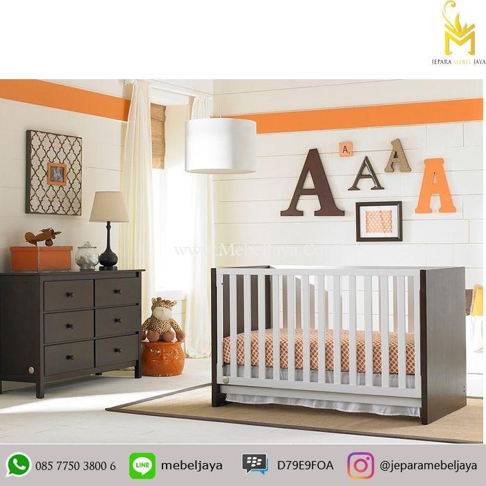 Tempat tidur bayi desain simple dengan lemari popok dan beberapa laci untuk menyimpan keperluan baby Anda - harga Box Bayi dan Baby Tafel Aprilio