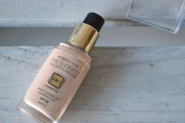 Max Factor Facefinity 3 in 1 foundation....new favourite?