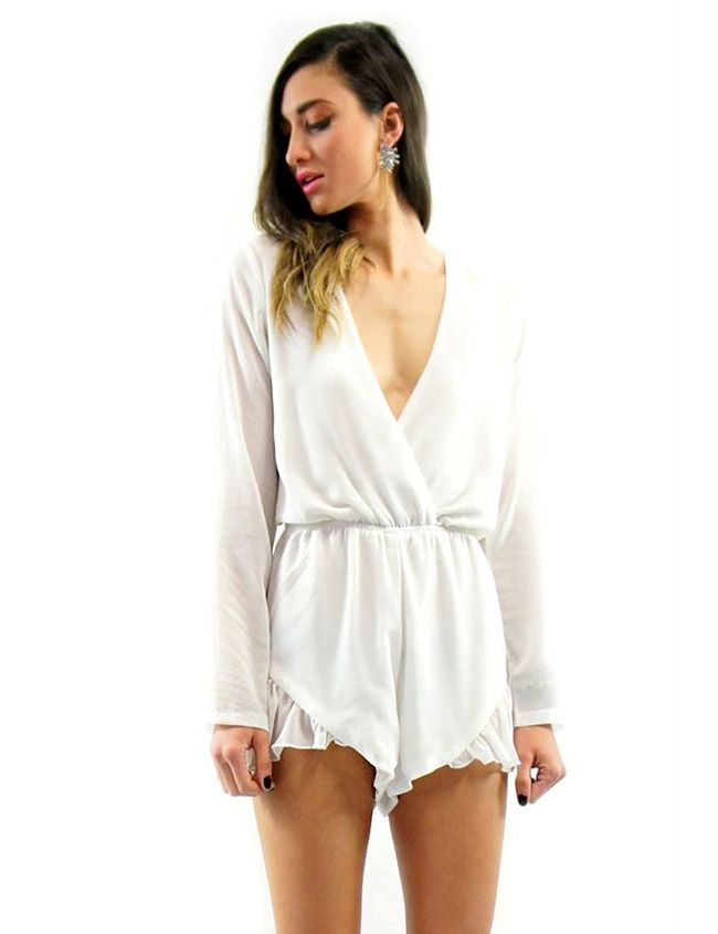 WHITE JUMP SUIT Lioness $70.00 NZD  http://www.fash.co.nz/afawcs0159551/CATID=1/ID=917/SID=665943798/White-Jump-Suit.html