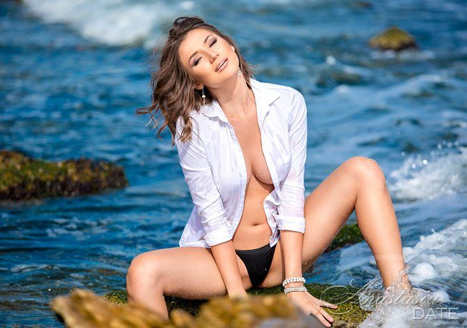 Russianbride Anastasia from Odessa, 21 yo, hair color Brown-1794435
