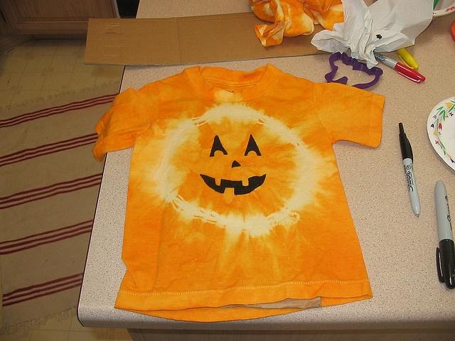 Tie dye pumpkin shirt