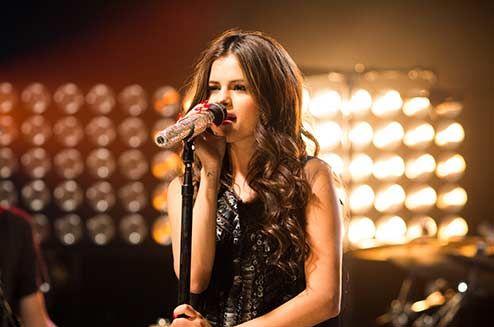 Selena Gomez Tour Dates & Info 2016