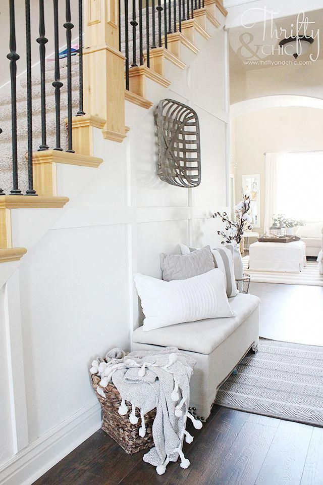 white and neutral farmhouse cottage entry way decor and decorating rh pinterest com