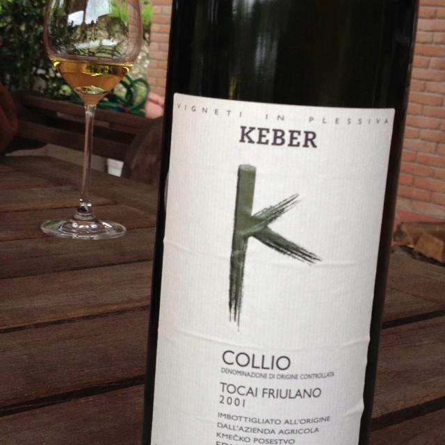 Keber Tocai Friulano 2001  Incredibilmente fine complesso lungo ...e fresco.  Una emozionante sorpresa di 11 anni.  Grazie Edi
