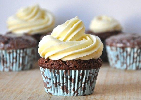 Vegan Chocolate Orange Cupcakes w/ Orange Frosting (or Orange-Bourbon ...