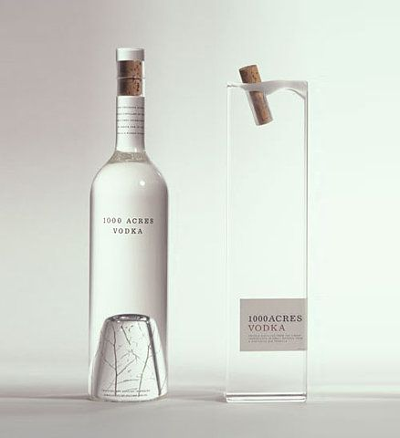 透明感がいい。Vodka Bottle package
