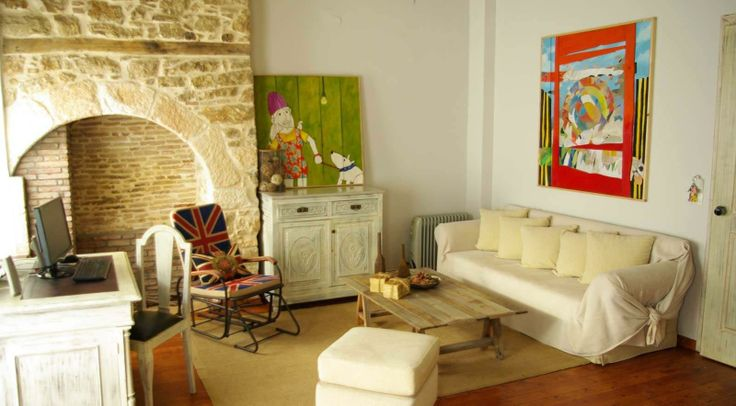 Amymone Pension, #Nafplio #Peloponnese #Greece http://www.rooms-2-let.com/2719/Amymore_Pension