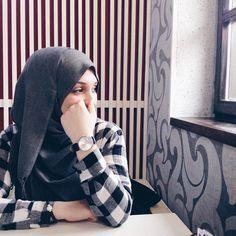 « | Hijab is elegant: @a.bahor #hijabiselegant »